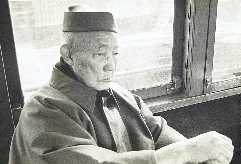 藤原鉄乗師(電車内)